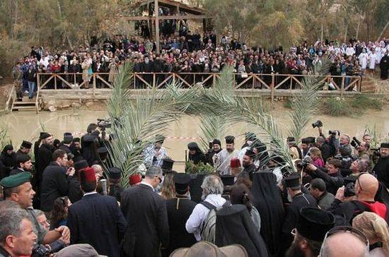 Чудесный поворот реки Иордан вспять на Богоявление